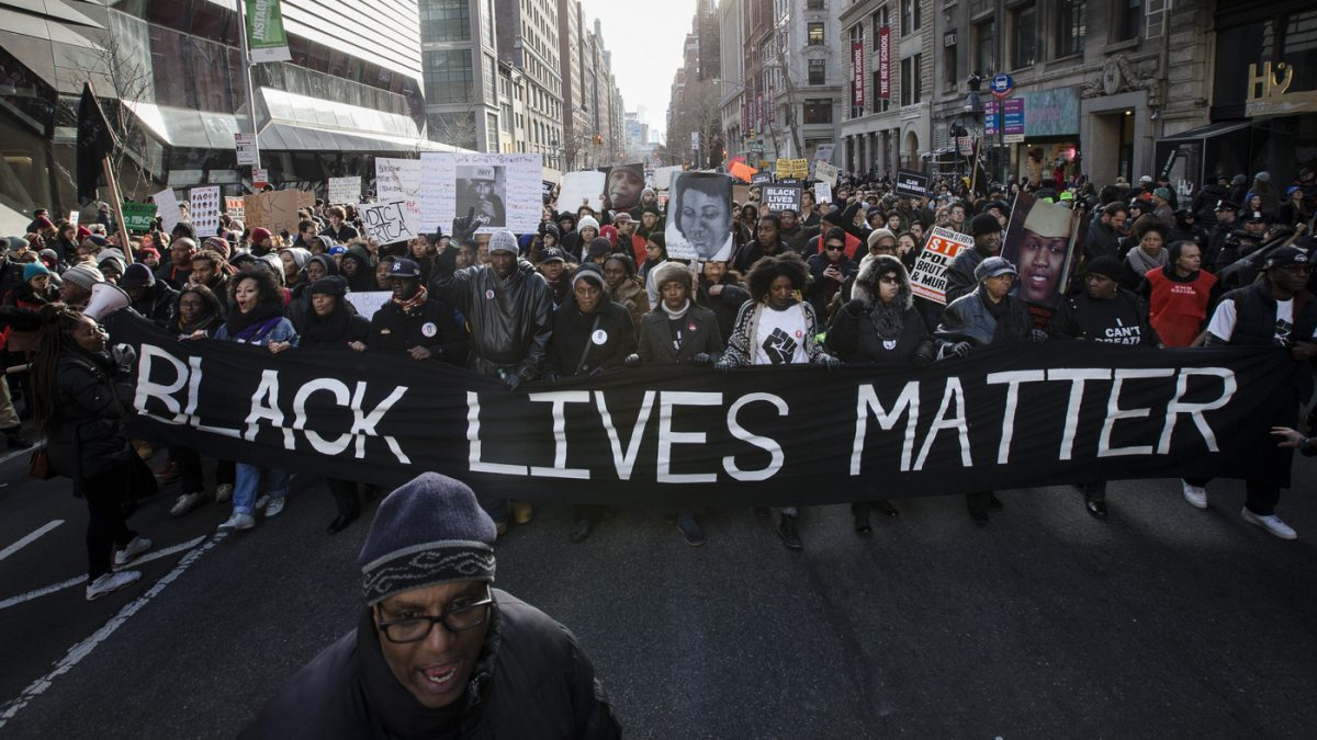 Poll: Trust in Black Lives Matter Drops, Trust in Local Law Enforcement Rises - Big League Politics