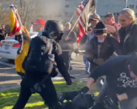 HEAVY BRAWLS Break Out Between Antifa, Trump Supporters at Washington State Capital